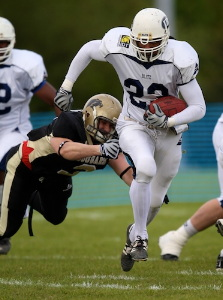 London Blitz is are through to EFAF CUP semi-finals after defeating Saint Ouen l'Aumône Cougars  (c) London Blitz